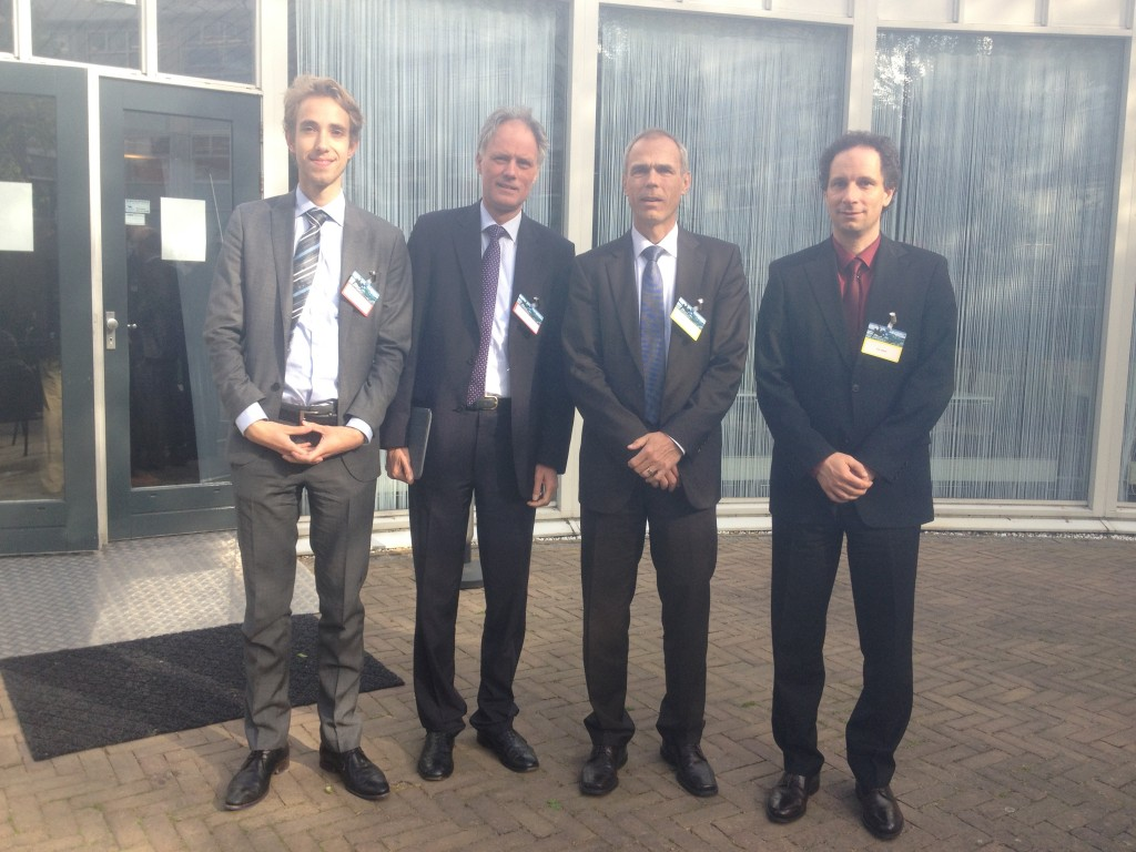 V.l.n.r. Martien van der Burg, stagiair op de innovatieafdeling Berlijn, Eelco van der Eijk, Innovatieraad Berlijn, Prof. Dr. Krebs, Dr. Udert.